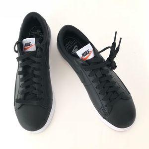 Women's Nike Blazer Low LE Black & White Sneakers